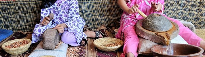 Berbervrouwen Breken Argan Noten