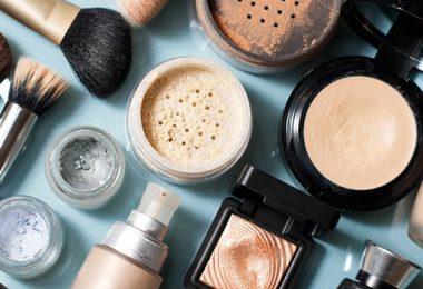Cosmeceutische vs Traditionele Cosmetische Producten