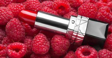 Een Recept Voor Doe-Het-Zelf Lippenstift met Bessen