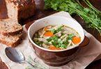 Een Recept voor Kippensoep dat Bij de Herfst Past