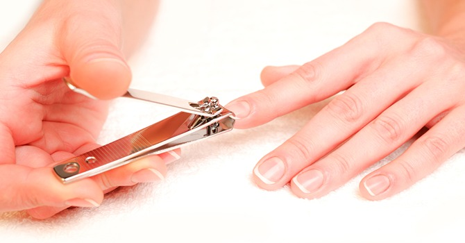 Leer de Eenvoudige en Juiste Manier om je Nagels te Knippen